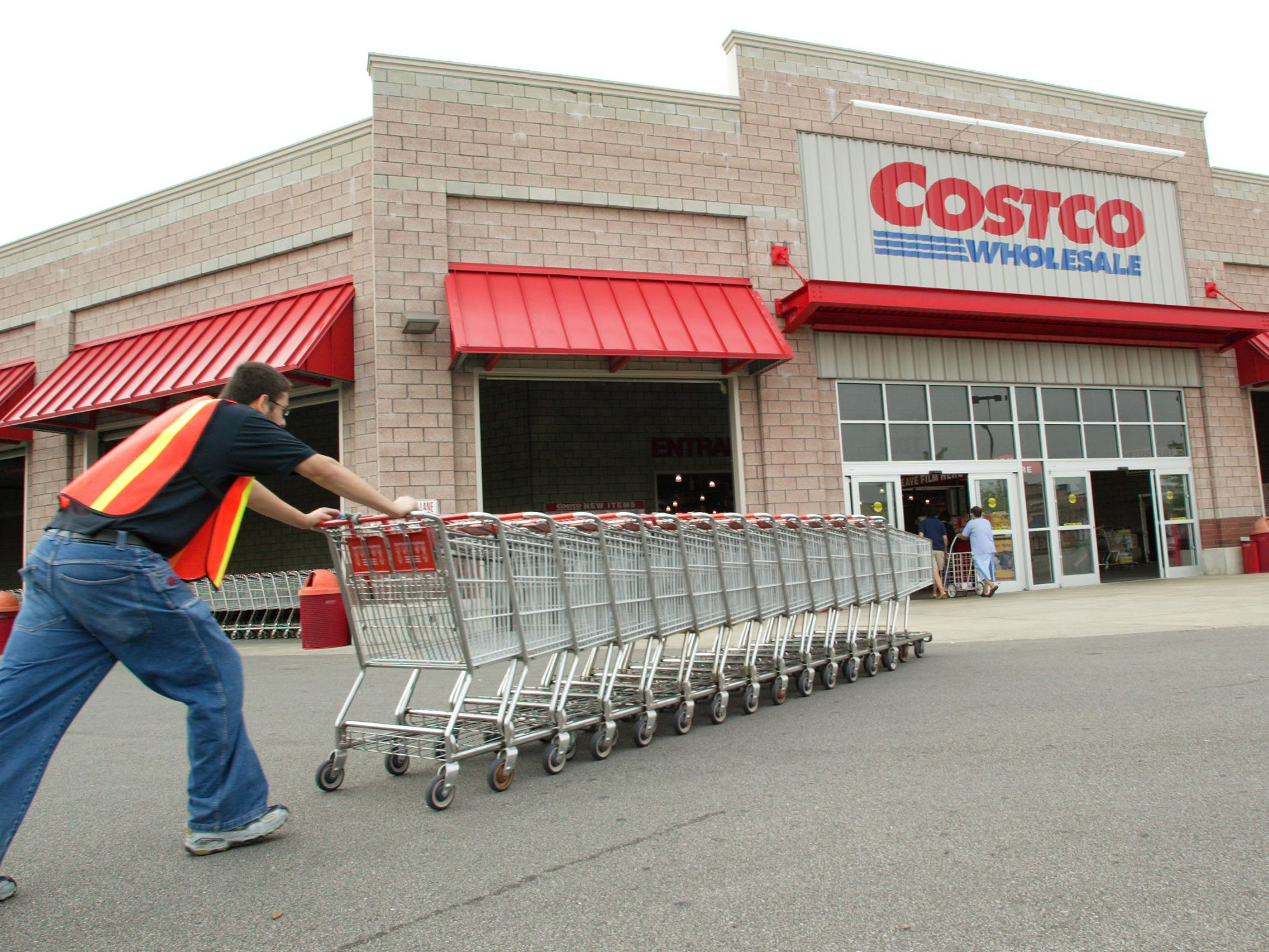 2d830e245e These Costco Hacks Will Help You Get the Most Out Of Your Next ...