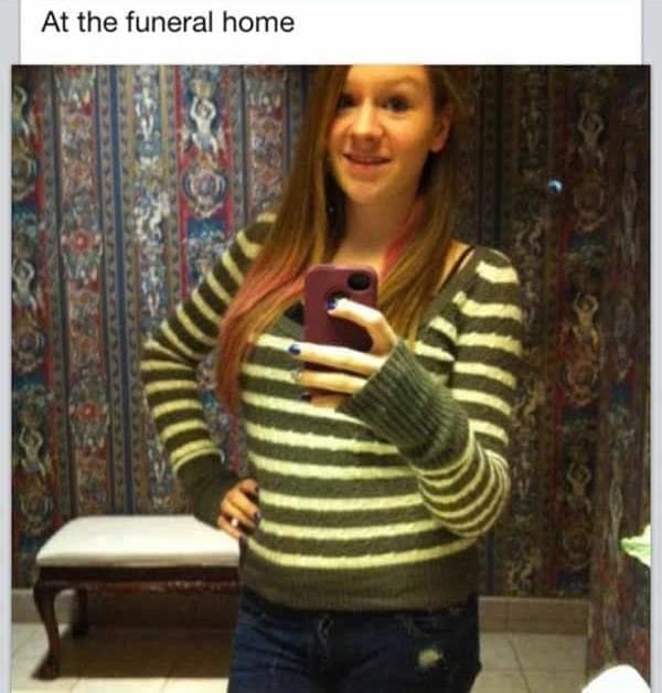 These Incredibly Awkward Funeral Photos Should Have Never -3407