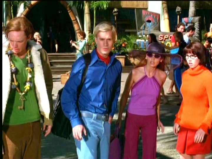 11 Of The Most Fascinating Things You Didn T Know About Scooby Doo Not One But Two Jennifers Were Passed By For Daphne In Scooby Doo 2002 Guff