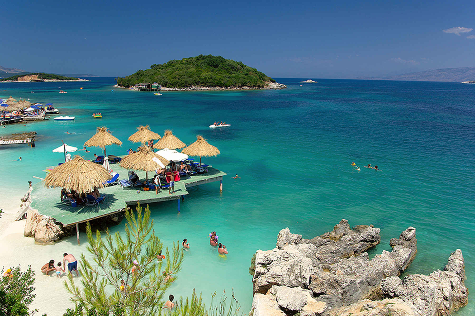 19 Cheap Vacation Destinations If You're Young, Broke And