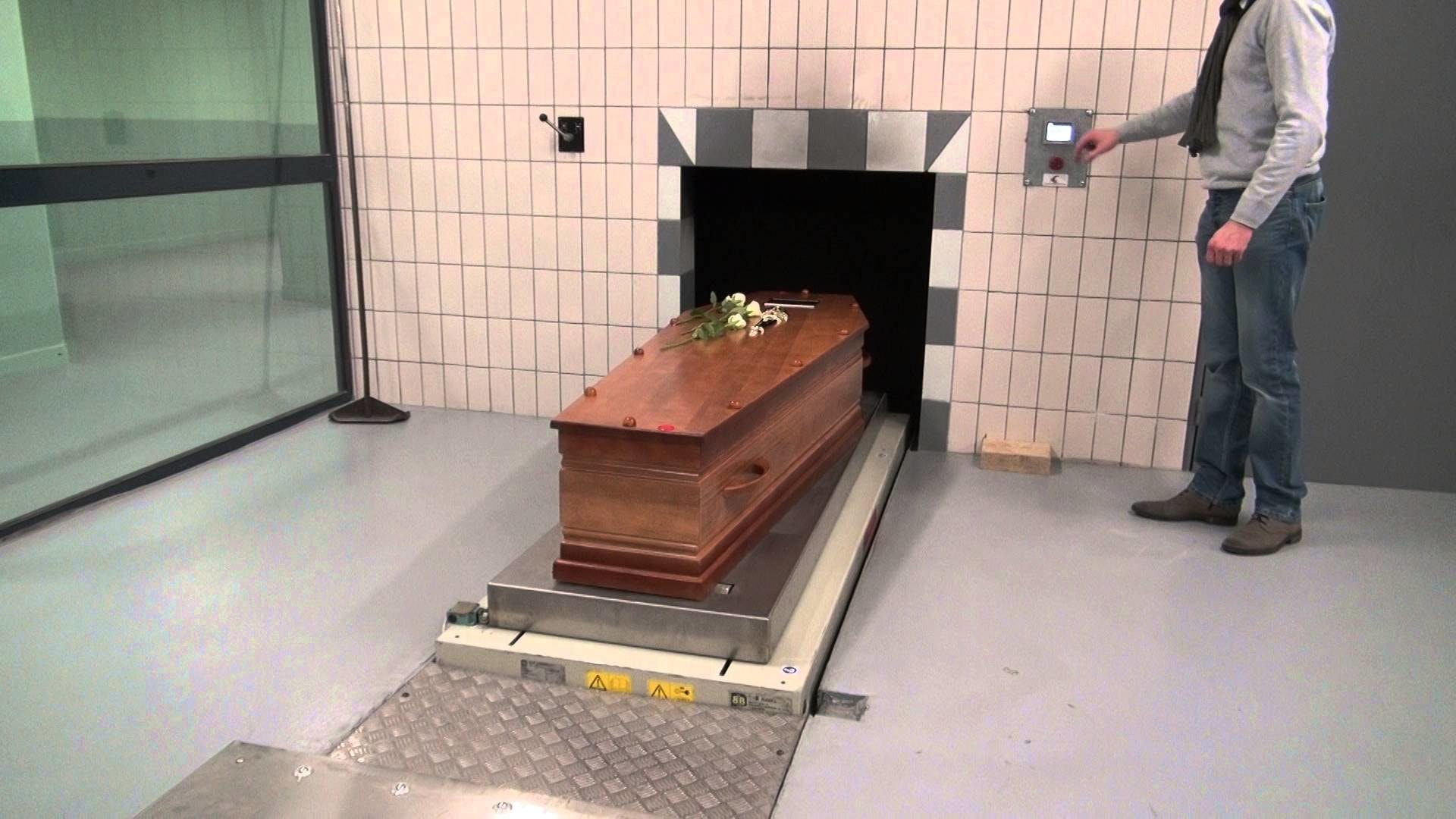 This Is What Actually Happens To A Body In A Crematorium ...