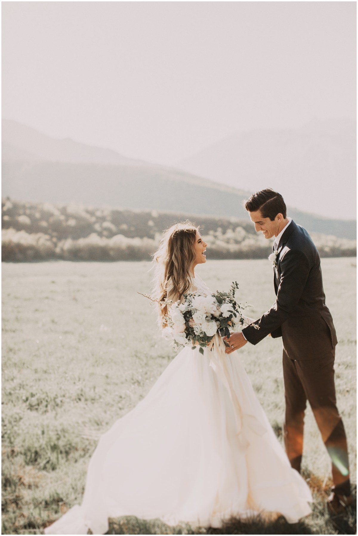 the best age to married June 23, 2006 -- the best age to get married is shifting higher in the minds of americans, with 25 now viewed as the ideal age for women, 27 for men that's up from an ideal age of 21 for women .